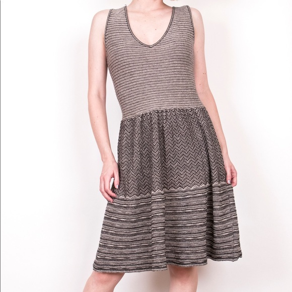 d5680d0fa9 Anthropologie Dresses   Skirts - Anthropologie Knitted Knotted test pattern  dress
